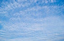 Niebieskiego nieba tło Fotografia Stock