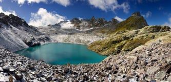 niebieskiego oka jeziora góra Obrazy Royalty Free