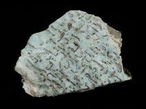Niebieskozielony graficzny amazonite skaleń z kwarcowymi kopalinami fotografia stock