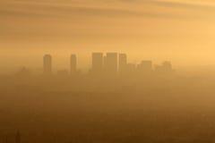 Niebla con humo del oeste del LA Fotografía de archivo