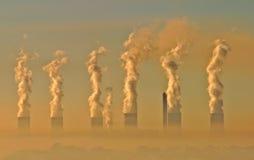 Niebla con humo industrial Foto de archivo