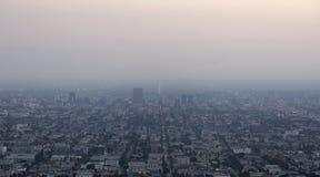 Niebla con humo oscura del invierno Fotografía de archivo