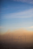 Niebla con humo sobre la planta Fotografía de archivo
