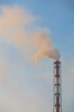Niebla con humo sobre la planta Imagen de archivo