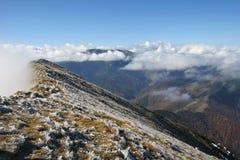 Niebla de la montaña Fotos de archivo
