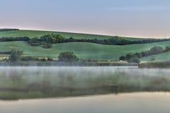 Niebla en el lago Fotos de archivo libres de regalías