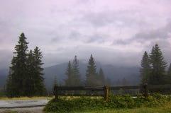 Niebla en Zakopane Foto de archivo