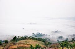 Niebla Khaokho de la mañana Imágenes de archivo libres de regalías