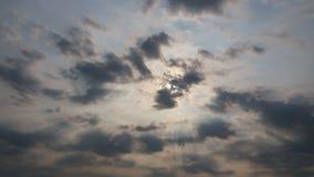Niebo chmur jaskrawy pławik w ranku fotografia stock