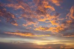 Niebo, chmura i słońce Zdjęcia Royalty Free