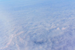 Niebo chmurnieje lot Fotografia Royalty Free