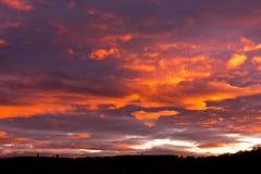 Niebo, chmury i afterglow, Obrazy Royalty Free