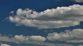 Niebo czasu upływ Z chodzenie chmurami zbiory
