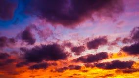 niebo dramatyczny zmierzch fotografia stock