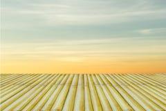 Niebo gradient od błękita pomarańczowy zmierzch Obrazy Stock