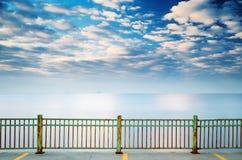 Niebo i morze Zdjęcia Royalty Free
