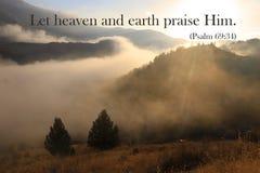 Niebo i ziemia Chwalimy On zdjęcia royalty free