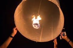 Niebo lampionów fajerwerku festiwal, Loy Krathong i Yi Peng Festiva, Obraz Royalty Free