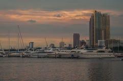 Niebo linia w Manila Obrazy Royalty Free