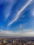 Niebo nad miasteczko Obrazy Stock