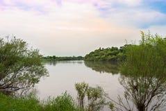 Niebo rzeka Fotografia Royalty Free
