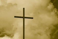 niebo sepiowy tonujący krzyż obrazy royalty free