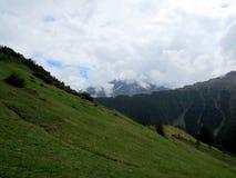 Niebo w górę góry Zdjęcia Stock