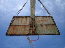 niebo wysoki miejskiego koszykówki Zdjęcia Stock