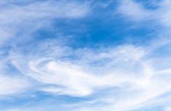 Niebo z serce chmurą Obrazy Stock