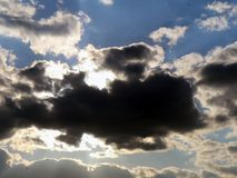 niebo zachmurzone niebo Obrazy Royalty Free