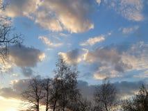 niebo zachmurzone niebo Obraz Royalty Free