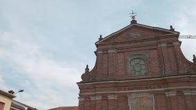 Niecka strzelał San Bartolomeo kościół w Cassolnovo, PV, Włochy zbiory wideo