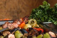 Niecka z piec na grillu warzywami Fotografia Stock