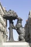 Niedźwiedź i Truskawkowy Drzewo, Madryt zdjęcia royalty free
