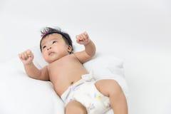 Niedawno Urodzona Azjatycka dziewczynka Zdjęcia Stock
