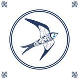 Niederländische blaue Fliese mit Schwalbe Lizenzfreie Stockbilder