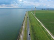 Niederländische Grabenstraße der Vogelperspektive Lizenzfreies Stockfoto