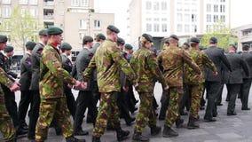 Niederländische Militärparade stock video footage