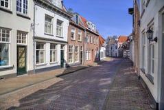 Niederländische Straße in Amersfoort, Holland Lizenzfreie Stockfotos