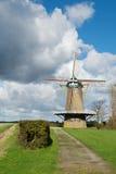 Niederländische Windmühle Stockfoto