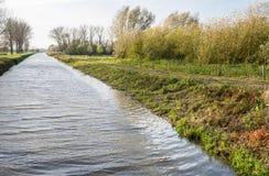 Niederländischer Kanal im Herbst Lizenzfreie Stockfotografie