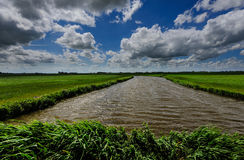 Niederländischer Kanal während eines Sturms Lizenzfreies Stockbild