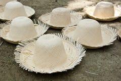 Niedokończeni Słomiani kapelusze Zdjęcie Stock