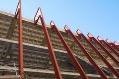 Niedokończony budynku niskiego kąta wp8lywy fotografia stock