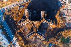 Niedokończony i zaniechany budynek miasto szpital widok z lotu ptaka fotografia royalty free