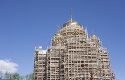 Niedokończony nowy kościół żółta cegła zdjęcie royalty free