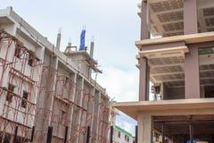 Niedokończony plac budowy tło cegieł budowy wieży Fotografia Stock
