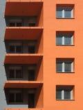 Niedokończony pomarańczowy budynek zdjęcie royalty free