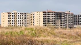 Niedokończony mieszkaniowy wielo- kondygnacja kompleks Fotografia Stock