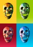 Niedrige Polyschädelfront mit bunter Pop-Arten-Art Stockfotografie